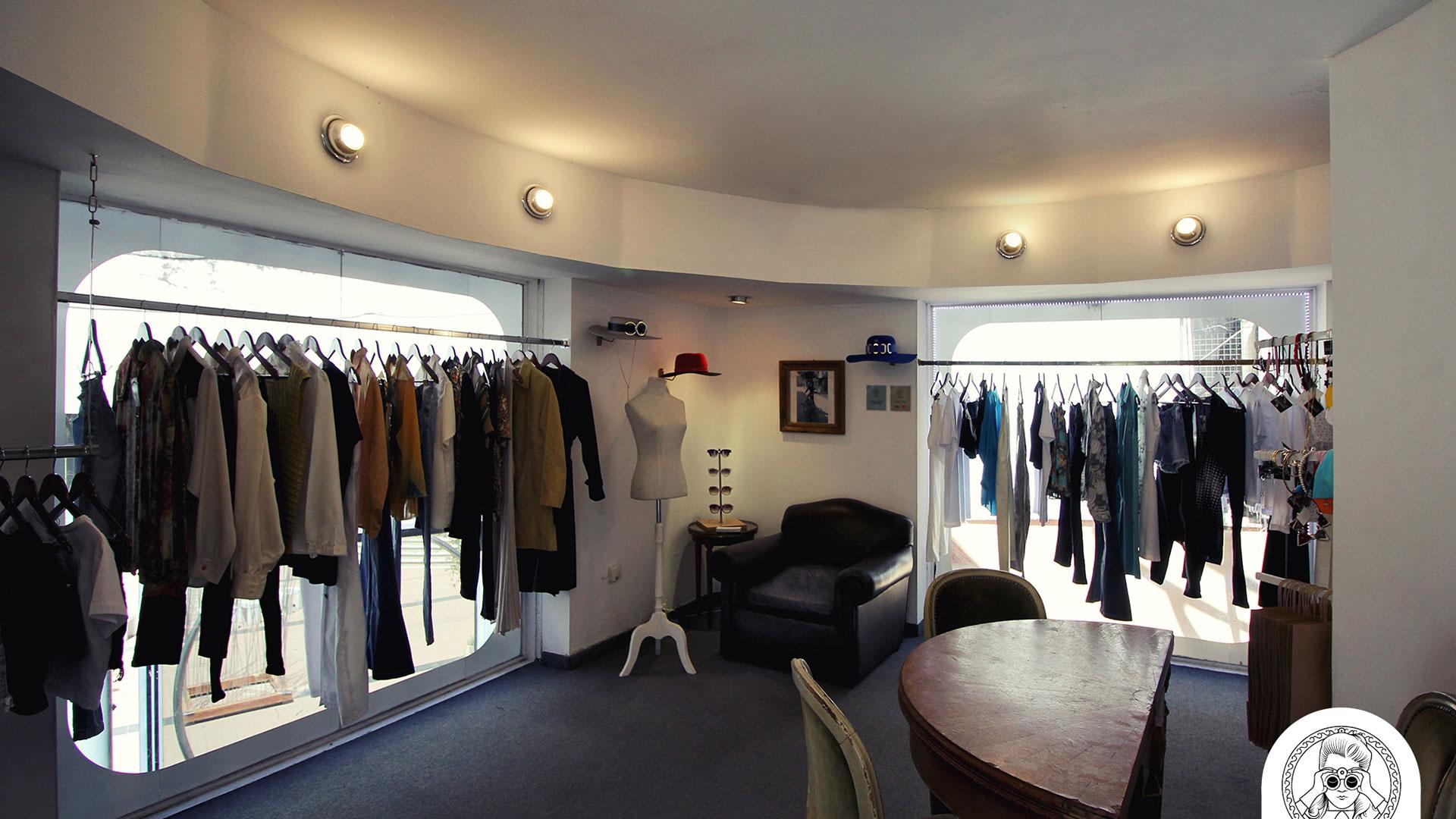 e3d30232a Barato y con onda: el circuito de tiendas de ropa vintage o usada en  Córdoba   MUSA