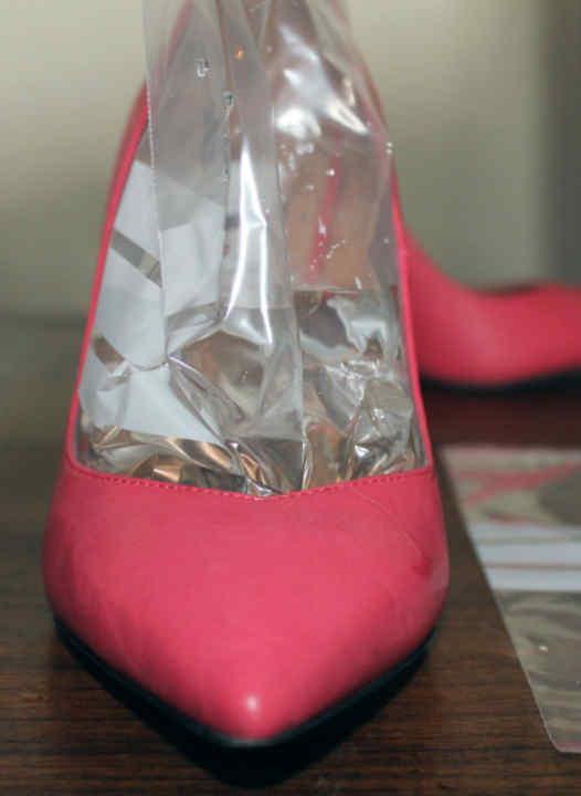 La tercera técnica es ideal para zapatos que aprietan los dedos. Para ello f7946c9941d34