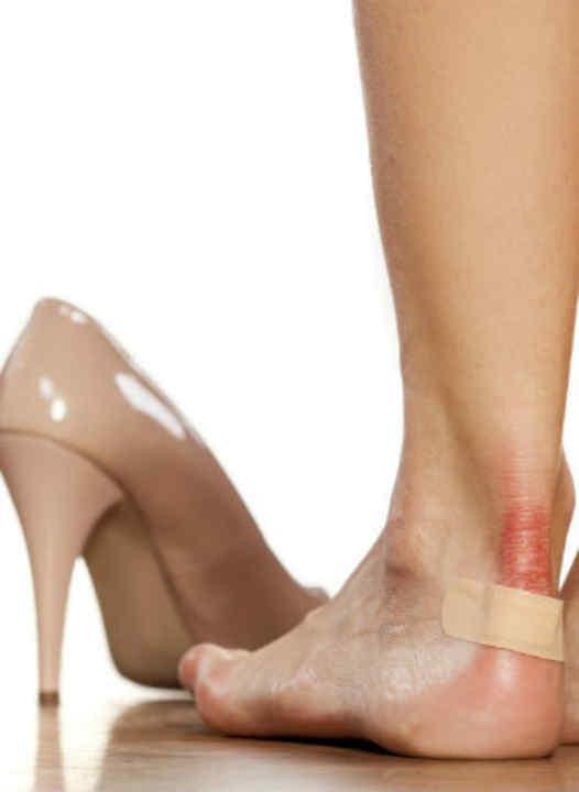 Chau zapatos molestos  técnicas caseras para estirar calzados de cuero 550fb22f79c03