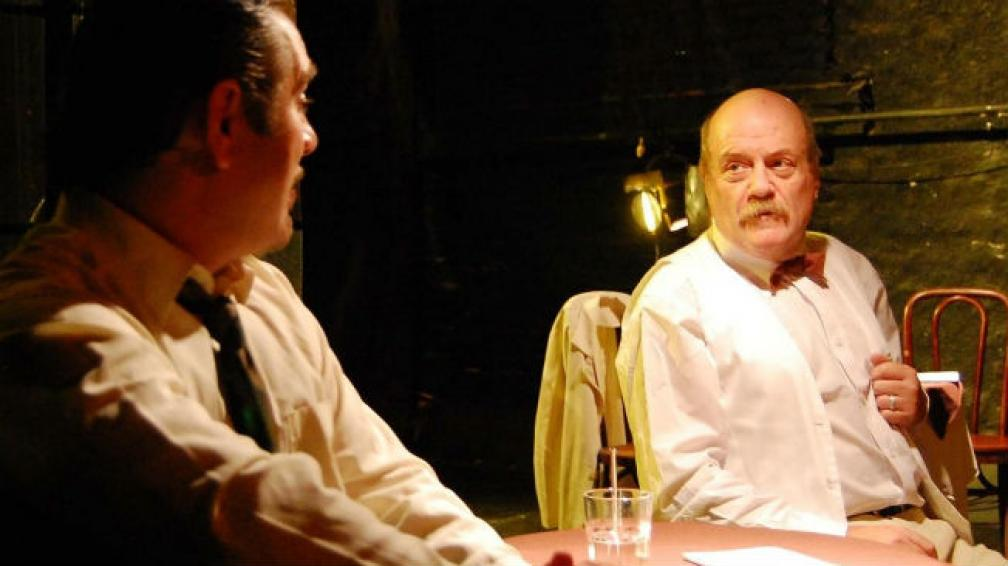 Ricardo Bertone es el protagonista de 'El hombre con la flor en la boca'.