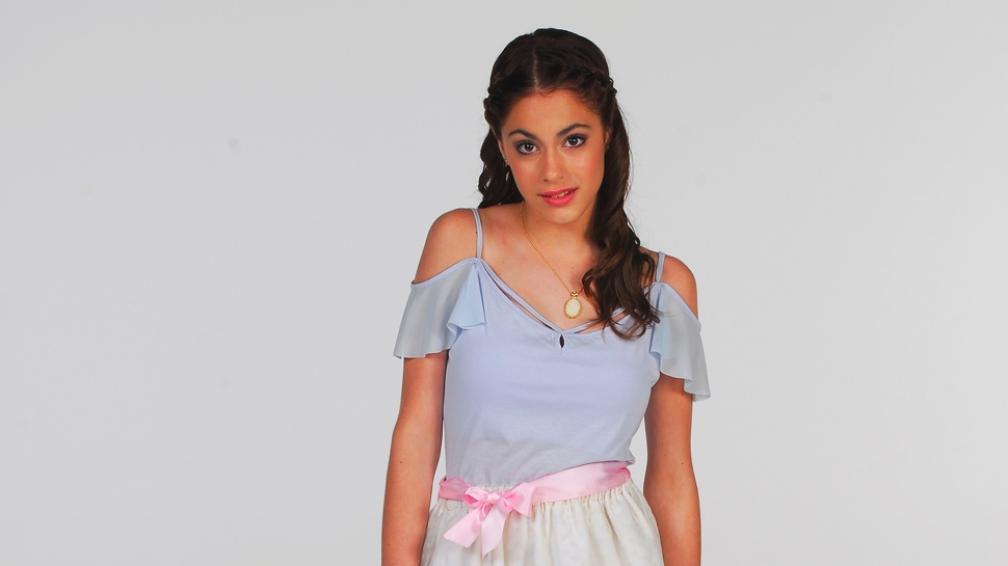 Martina Stoessel protagoniza 'Violetta' y ya es una joven estrella.