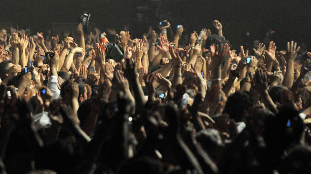 Más de 10 mil personas acudieron al reencuentro con 'El Rey' (foto: Sergio Ortega).