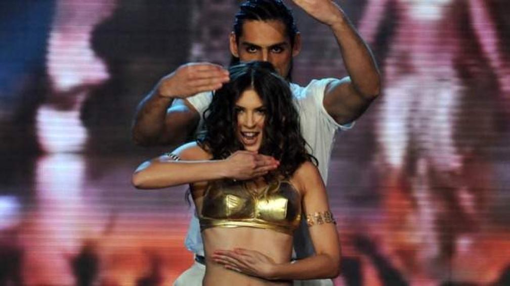 EUGENIA LEMOS, caracterizó a Shakira en su coreo.