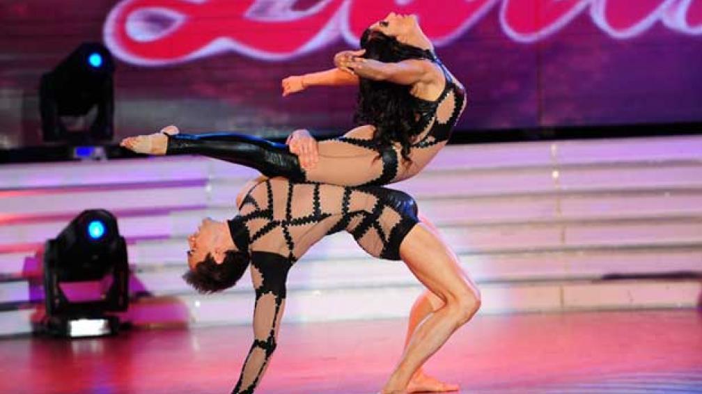 SILVINA ESCUDERO, una de las mejores performances de la noche.