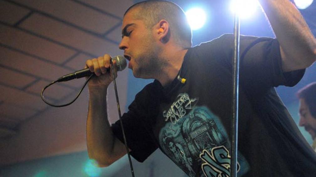 Pato Fontanet se presentó en Córdoba este fin de semana con su banda Casi Justicia Social.
