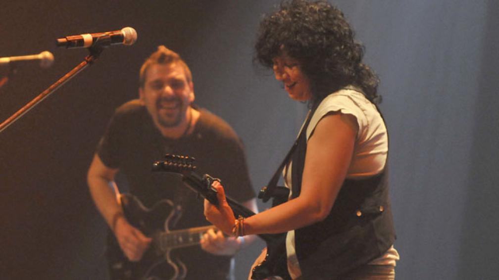 Rosana volvió a enamorar a los cordobeses. Foto: Facundo Luque/La Voz.