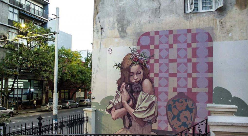 La triste historia de la ni a de la casona el mural for El mural pelicula