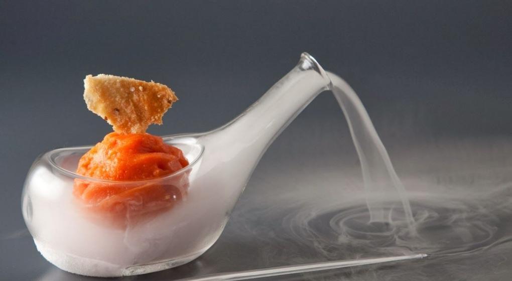 Dos noches de cocina molecular en g emes la nueva for Quien invento la cocina molecular