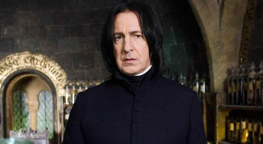 JK Rowling se disculpa por muerte de 'Snape'