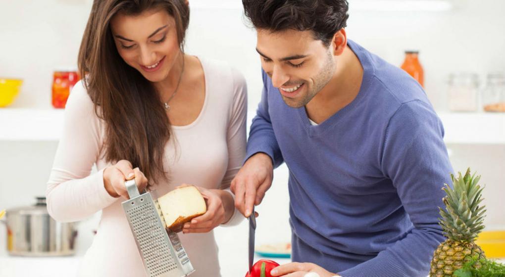 Cansado de estar soltero y pedir delivery anuncian un for Curso de cocina para solteros
