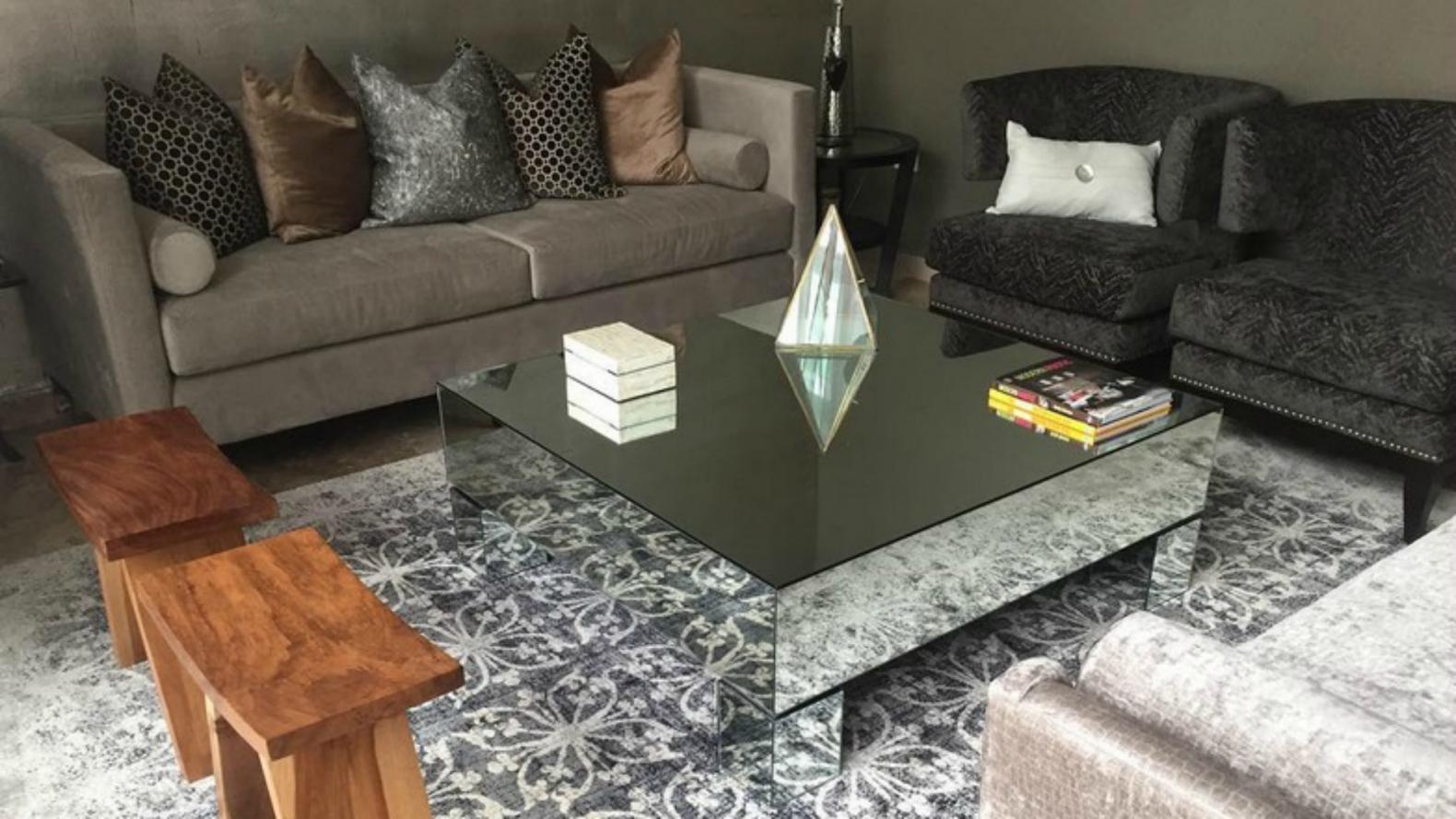 Alerta deco mesas espejadas para todos los ambientes musa for Espejos para mesa