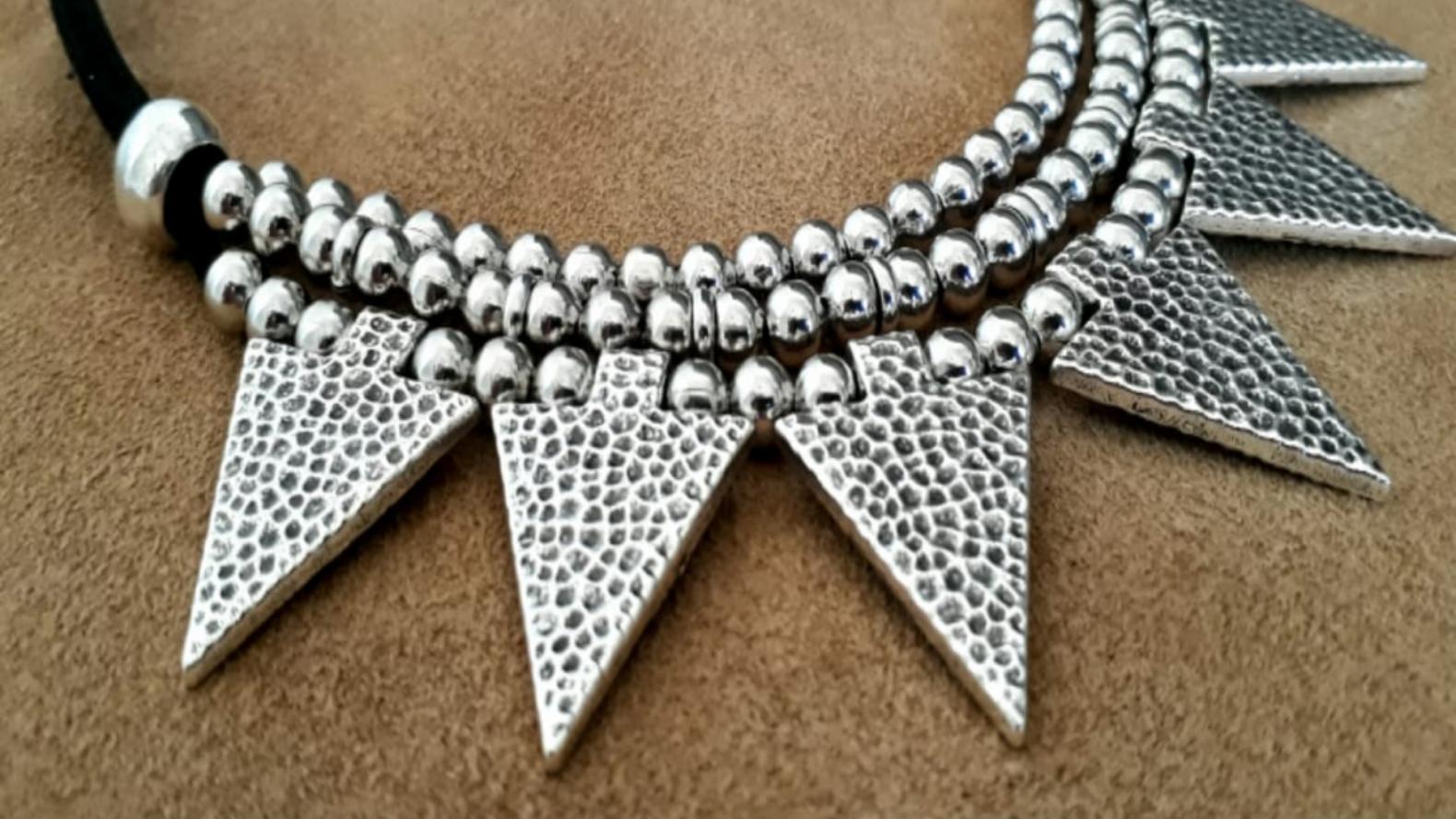 4992a30cb84a Accesorios de bijou que parecen joyas