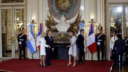 Sabe comunicar: los looks de Juliana Awada en el primer día del G20