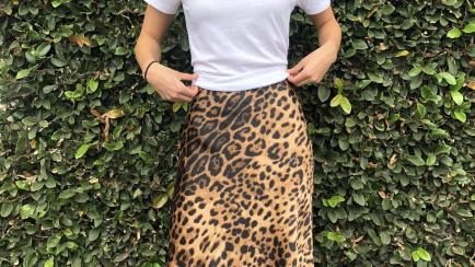 Esta falda animal print es tendencia esta primavera