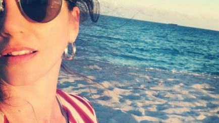 Sin hijos y en la playa: la Navidad de las mujeres más populares del año