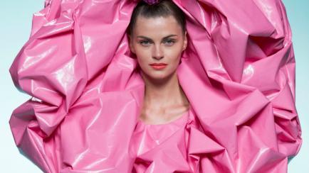 ¿Serán usables? Los diseños de Ágatha Ruiz de la Prada en Semana de la Moda de Madrid