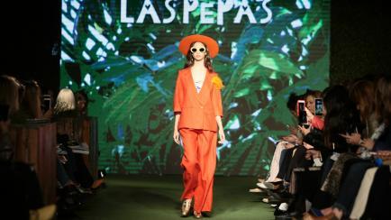 Gran cierre de Estilo Córdoba: espíritu festivo, desfile con maracas y mucho estilo tropical