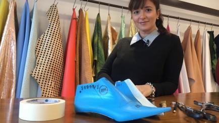 De Pie Galery: showroom de zapatos para mujeres y hombres, minoristas y mayoristas