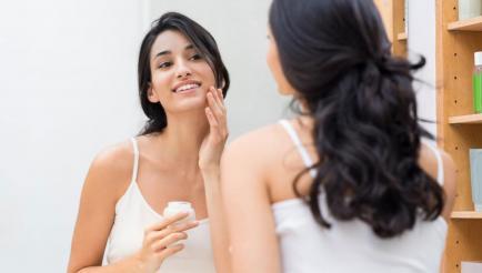 Cosmética natural vs. industrial: las ventajas de comprar cremas sin químicos ni conservantes