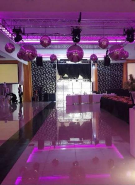 Sonido e iluminación, claves para el éxito de toda fiesta
