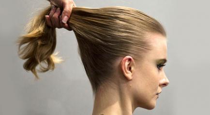 Shampoo en seco y otras técnicas para mantener el pelo limpio por más tiempo