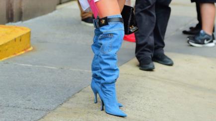 Estas botas de Jennifer López se hicieron virales... ¡por feas!