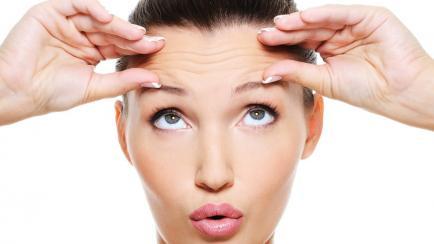 Yoga facial: ejercicios que rejuvenecen y podés hacer en casa