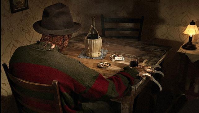 Freddy Krueger, en compañía de cigarrillos y una botella (foto: Behance.net).