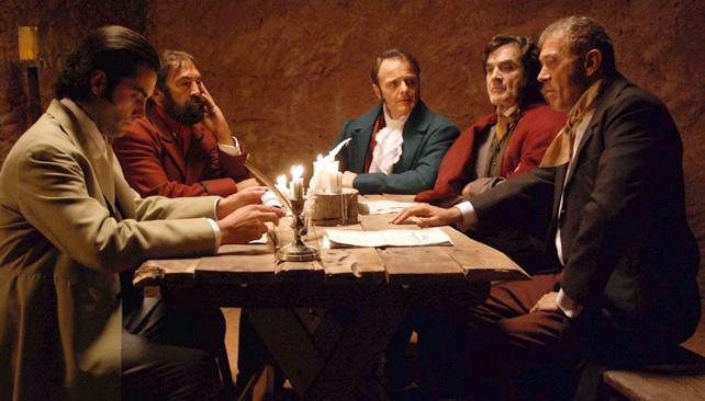 Lito Cruz interpreta a Castelli en el filme 'La revolución es un sueño eterno'.