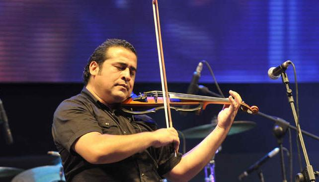 Néstor Garnica desplegó su talento y su sensibilidad. Fotos: Pedro Castillo/La Voz.