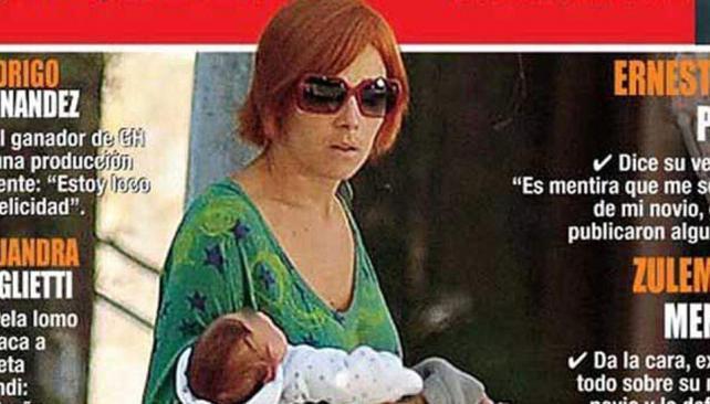 Juan Viale, irreconocible con su nuevo corte carré pelirrojo. (Foto: Revista Paparazzi)