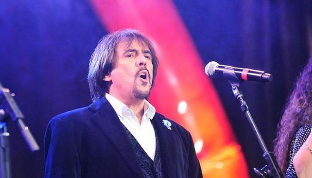 El músico se equivocó en una de las estrofas del Himno.