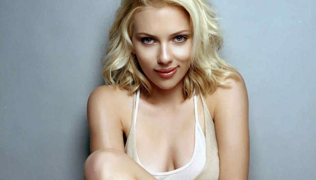 Scarlett Johansson Embarazada