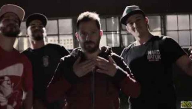 Ottavis explota su faceta actoral y ahora participa en un video musical