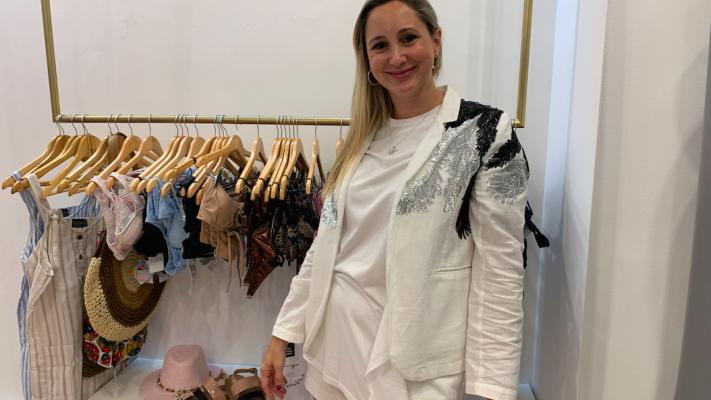 Abrió Élida: los trajes de baño que usa Pampita ya están en Córdoba