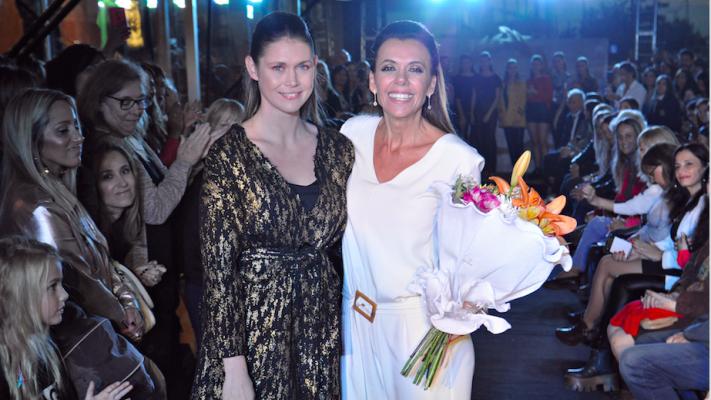 El showroom éxito reabrió su local de Valle Escondido con desfile, famosos y más