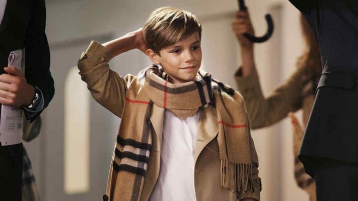 El niño tiene un look: hijo de Victoria y David Beckham modela para una importante marca