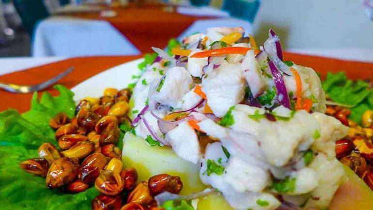 Ceviche de pescado, del chef Juan Valverde, de Sabores del Perú.