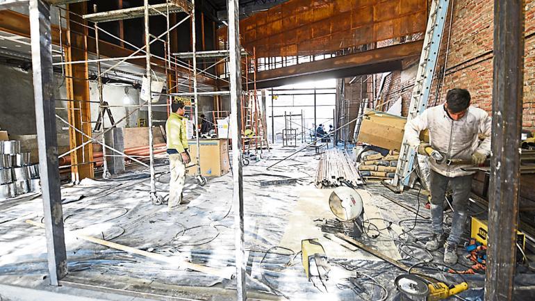 En obra. Una gran superficie ubicada sobre Fructuoso Rivera 321 albergará la propuesta de Cervecería Antares. (Ramiro Pereyra)
