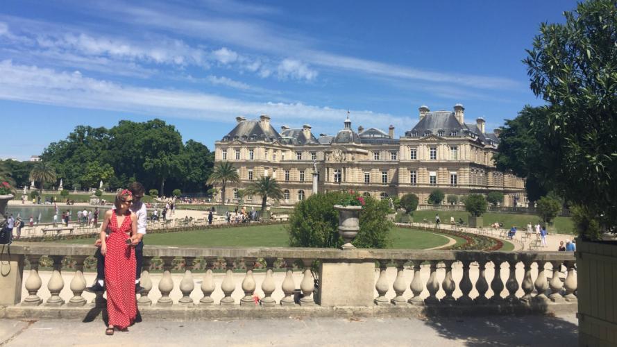 Musa en París: mirá cómo se viste la gente en la capital de la moda