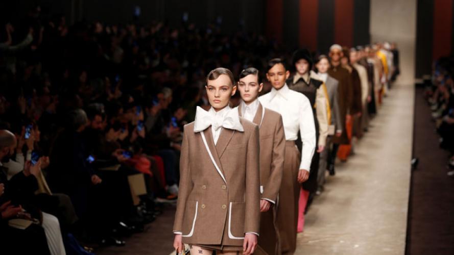 En fotos: así fue el primer desfile de Fendi sin Karl Lagerfeld