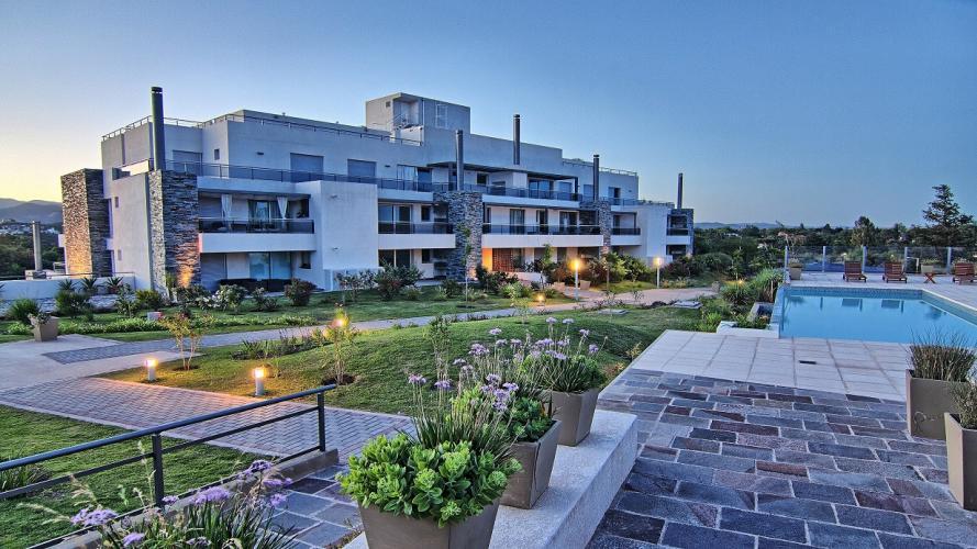 """Terrazas y balcones: espacios """"vivos"""" de tu departamento"""