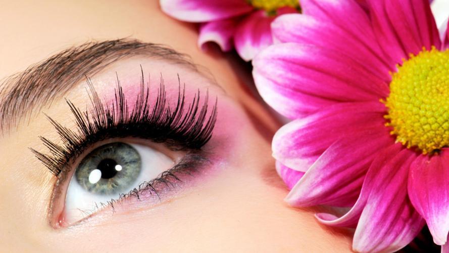 Think pink: ¡ponele rosa a tu maquillaje!