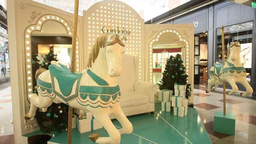 Córdoba Shopping ya festeja con regalos y promos