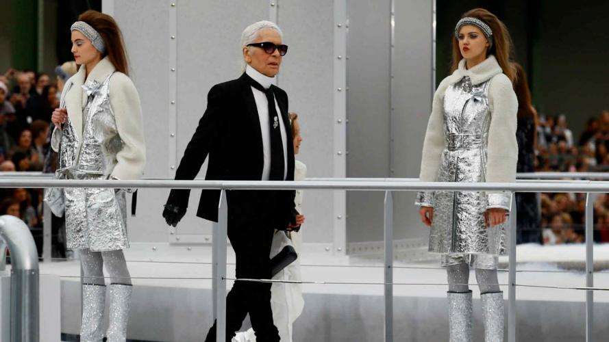 Chanel futurista: hizo despegar un cohete en pleno desfile