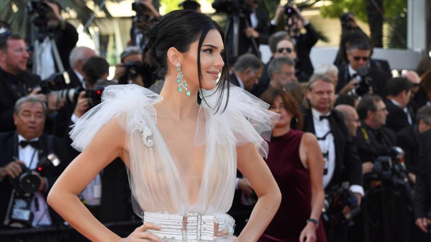La modelo Kendall Jenner asistió casi desnuda al Festival de Cannes (dos veces)
