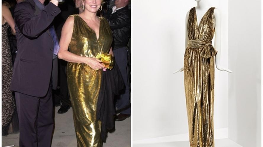 Subastan 300 creaciones de Yves Saint Laurent, propiedad de la actriz Catherine Deneuve
