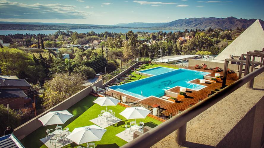 Un lugar soñado: el spa con vista al lago que revoluciona Carlos Paz