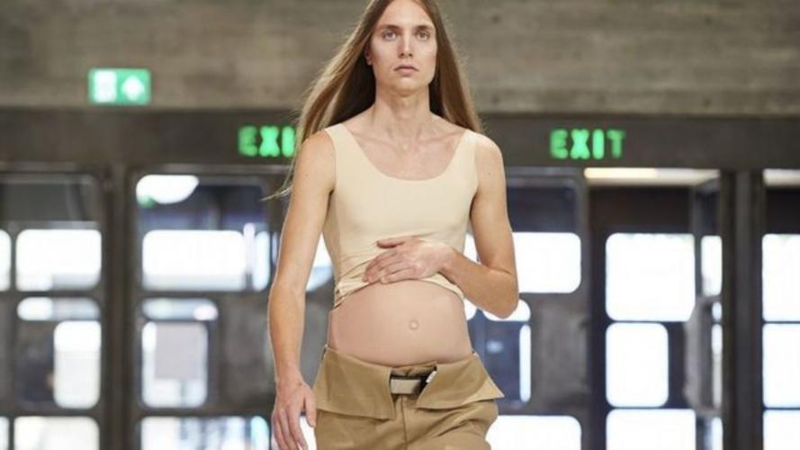 ¿Te imaginás hombres embarazados? Un desfile en Londres los tuvos en pasarela