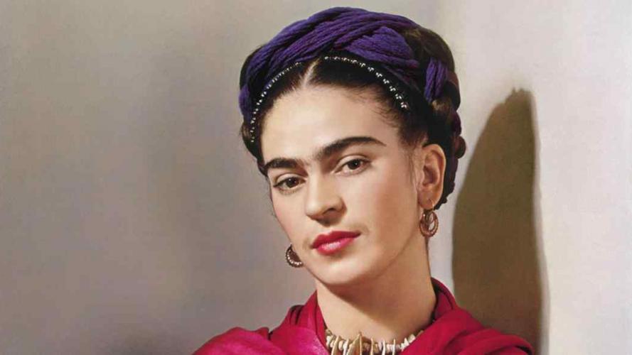 La fundación Frida Kahlo lanzó una línea de maquillaje inspirada en la artista